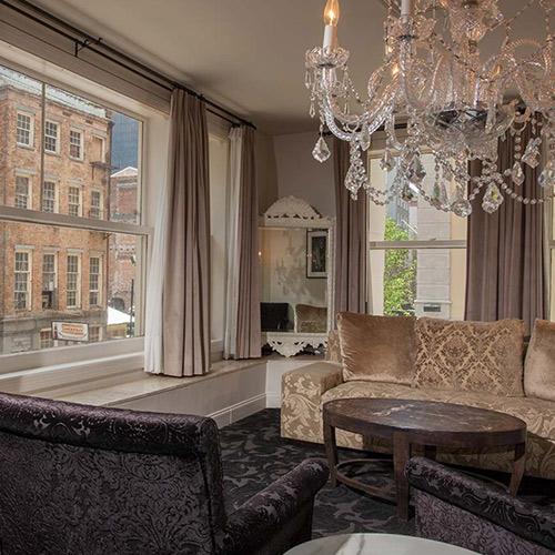 Suites international house hotel for International housse